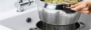 Waarom een pastapan kopen? Handige pan voor het koken van pasta